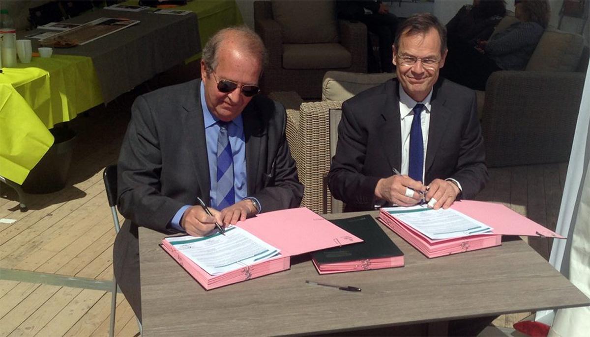 La ville de Suresnes a également profité de cette manifestation pour signer la Charte «Objectif zéro phyto en Seine Centrale Urbaine»