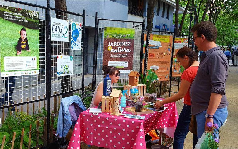 Le SEPG au marché aux plantes et gourmand